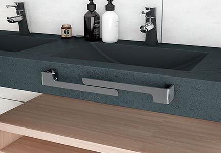 Accesorio para baño: Toallero adaptable